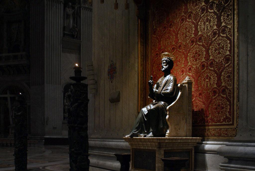 El San Pedro que en realidad, es una estatua de Júpiter transformada.